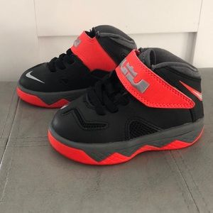 Toddler's Nike Zoom Soldier 7 (TD) Sneakers
